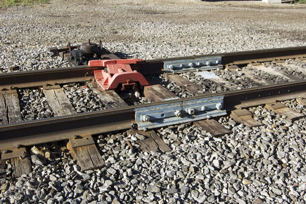 derail NS_10-02-'11