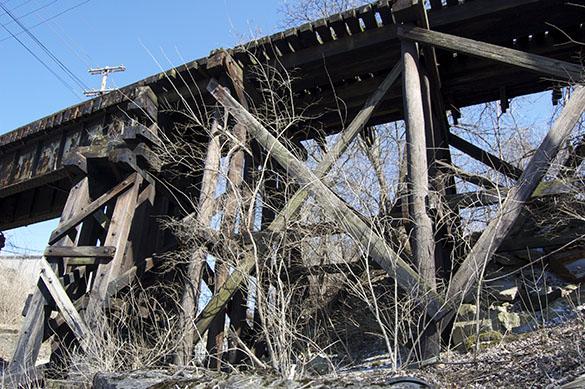 Derelict C&O trestle